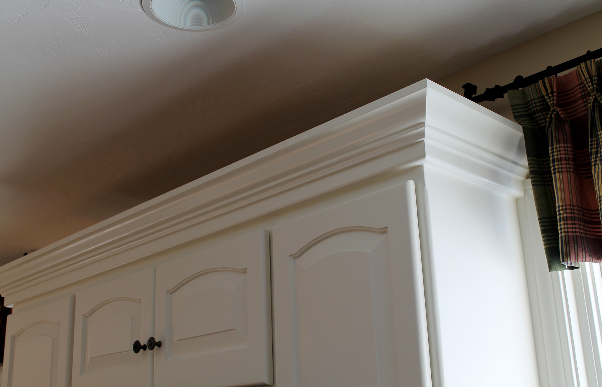 kitchen cabinets - crown molding is a must! - hubley painting